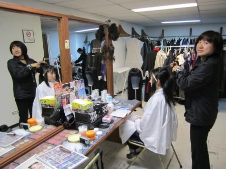 ヒロイン、ソールベイ役の池田真紀子さんは役作りのため断髪中 「宮城さんくらいに」なるとのこと。カットはヘアメイクの梶田キョウコさん