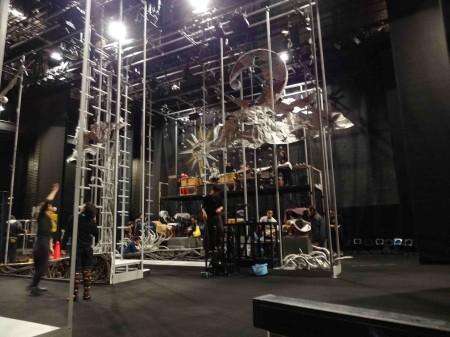 楽器を搬入して、舞台上を確認